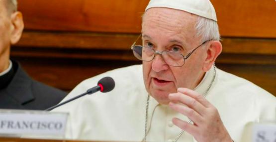Papa Francisco: Trabajemos juntos contra las injusticias de la economía  global. - Revista Panorámica